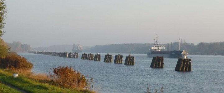 Radfahren entlang des Nord-Ostsee-Kanals